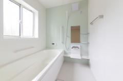 お風呂の黒カビで悩むのは今日まで!カビを根本から除去する方法