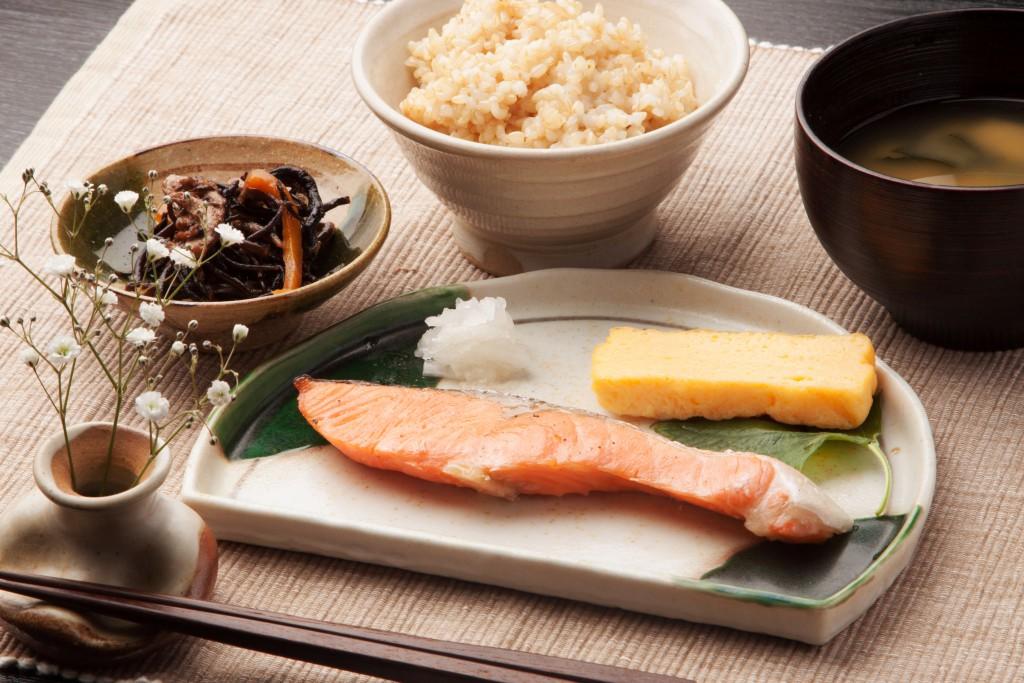 毎日の献立は「穀菜食」で!バランスのとれた良い食事法である穀菜食とは。日々の食事が賢い頭、健康な体をつくる!【食育・食学に興味のある方必見】