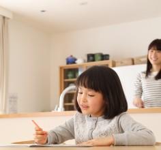 勉強ができる子供に育てる方法。能力を最大限に引き出し、成果を出すためには食事でサポート!