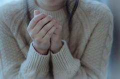 その症状、体の冷えが原因かも!?手足の冷え症状だけではない、「冷え」がもたらすさまざまなカラダの不調とは?